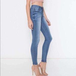 KanCan Zaniyah Mid Rise Super Skinny Jeans